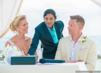 Mauritius Best Wedding Photo- British, England, Beach, Hotel (123)