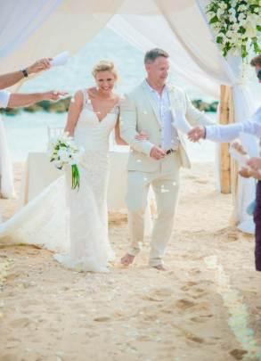 Mauritius Best Wedding Photo- British, England, Beach, Hotel (129)