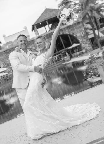 Mauritius Best Wedding Photo- British, England, Beach, Hotel (165)