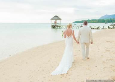 Mauritius Best Wedding Photo- British, England, Beach, Hotel (195)