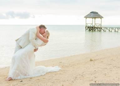 Mauritius Best Wedding Photo- British, England, Beach, Hotel (220)