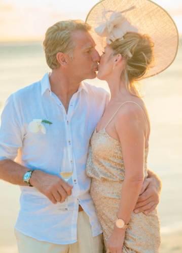 Mauritius Best Wedding Photo- British, England, Beach, Hotel (250)