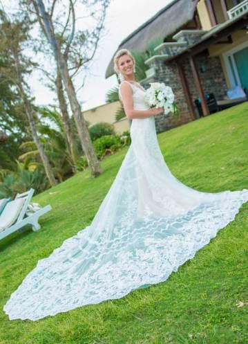 Mauritius Best Wedding Photo- British, England, Beach, Hotel (35)