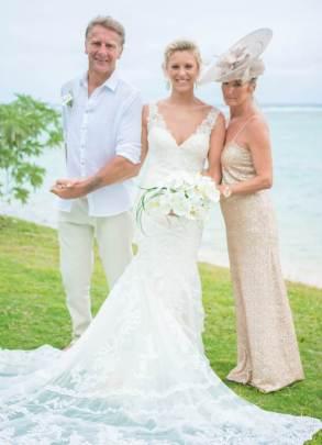 Mauritius Best Wedding Photo- British, England, Beach, Hotel (41)