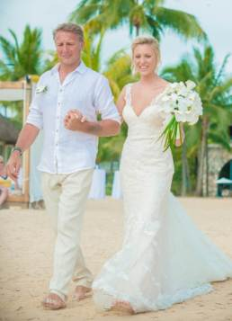 Mauritius Best Wedding Photo- British, England, Beach, Hotel (76)